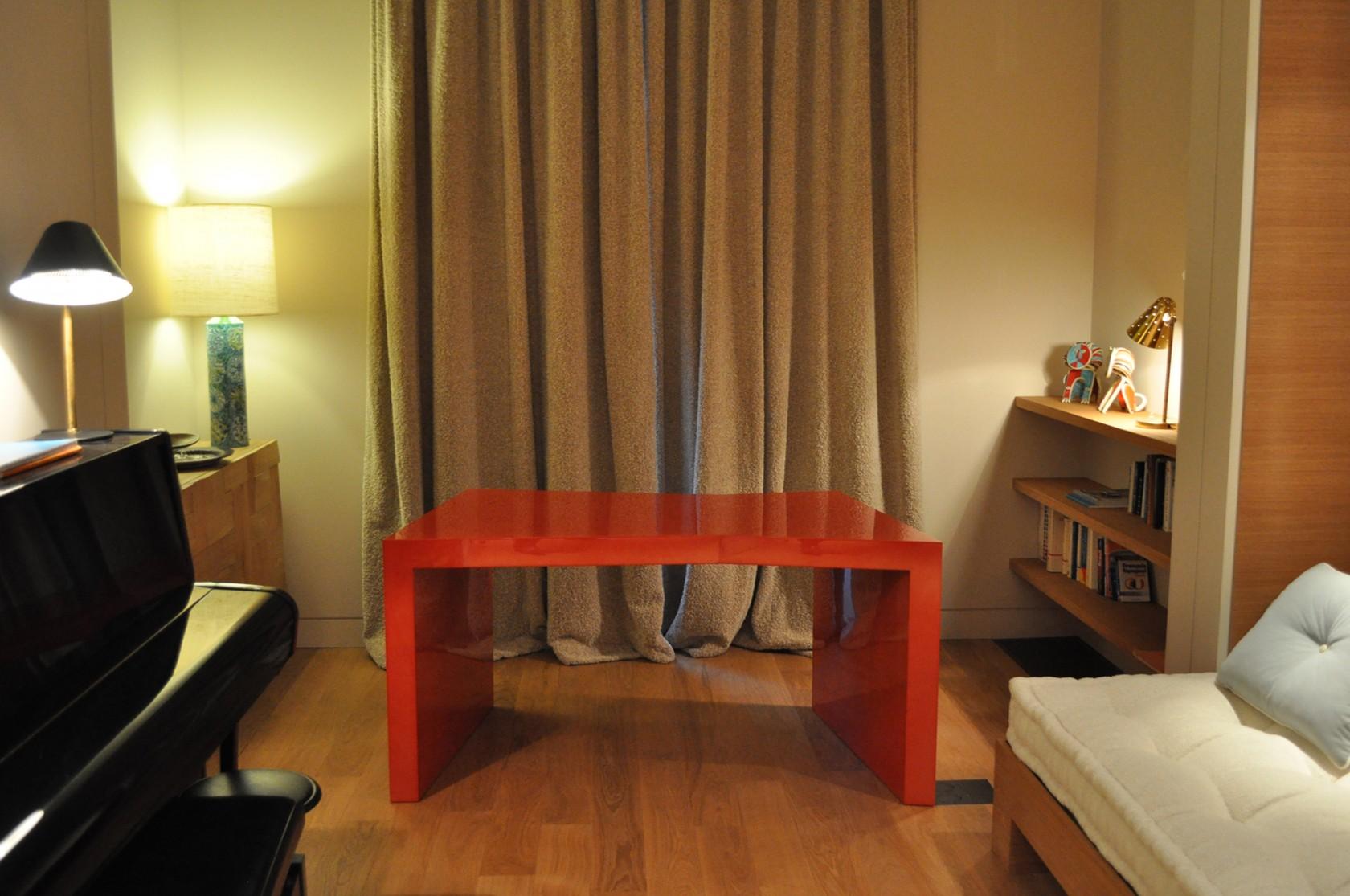 bureau laqu ludovic avenel b niste cr ateur paris. Black Bedroom Furniture Sets. Home Design Ideas