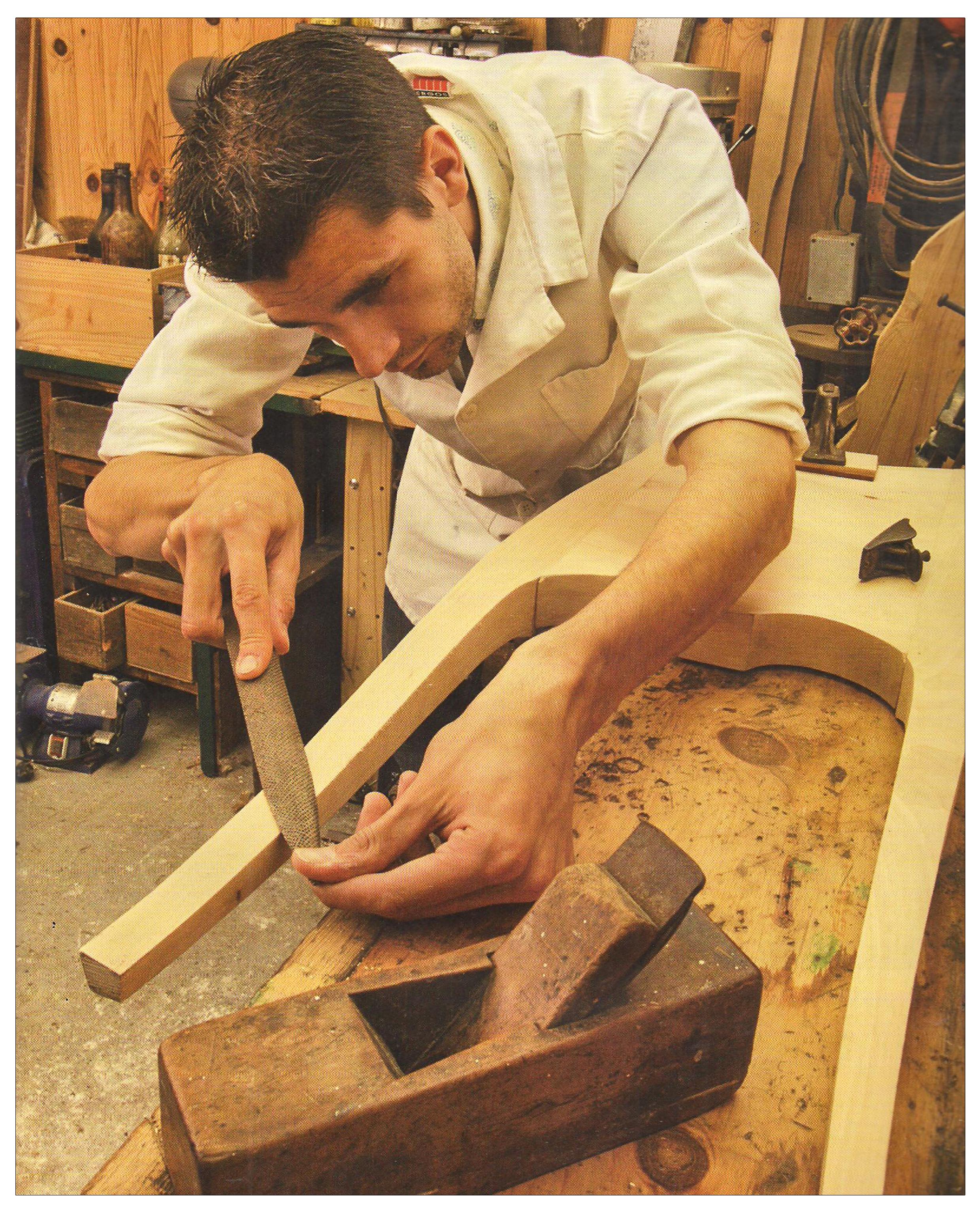 Ludovic AVENEL : ébéniste créateur Paris - Ludovic_Avenel_press_métiers d'art_ebeniste_créateur_design_sur mesure_5