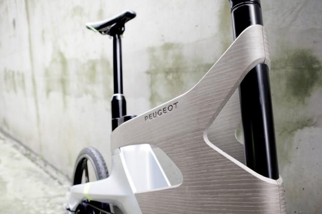 Ludovic AVENEL cabinet maker Paris -  Ludovic_Avenel_concept_car_peugeot_créateur_design_sur mesure_2